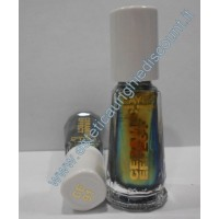 Layla nail polish Smalto Ceramic Effect CE91